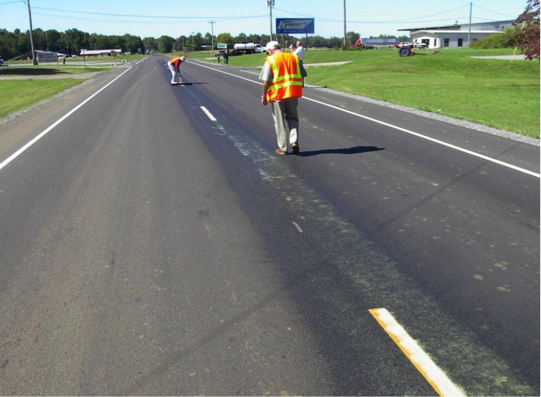 Jointbond increases the life cycle of an asphalt road.